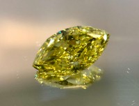 0.80CT Fancy Intense Yellow VS1 Marquise VDYM001@1x