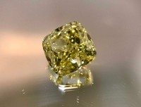 1.25ct Fancy Intense Yellow VS2 Cushion VDYC004@1x